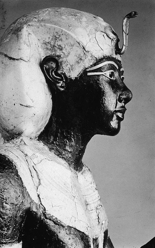 King Tut Statue - Egypt Tours Portal